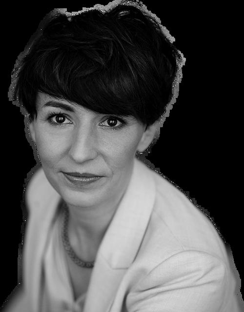 Anna Kozień Sales Director bw